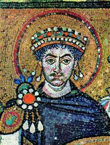 mosaïque de Justinien : basilique de San Vital -Ravenne